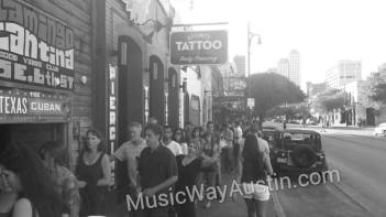 jarabe show 1 crowd line