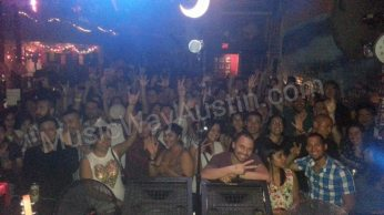 jarabe show 2 crowd